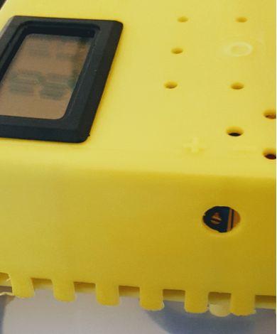 Incubator Cleo 5 cu termohigrometru digital, întoarcere automată ouă de găină & prepeliţă şi cupă exterioară pt. apă